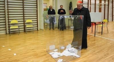 Второй тур выборов стартовал в Польше