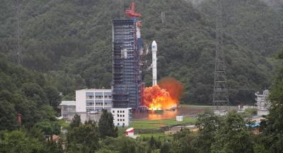 Китай успешно запустил ракету с навигационным спутником