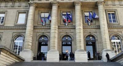 Париж выдал ордера на арест представителей спецслужб САР