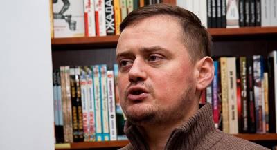Писатель объяснил «странную любовь» украинцев к России