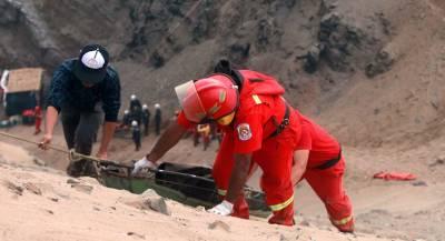 Футболисты погибли при падении автобуса в Перу