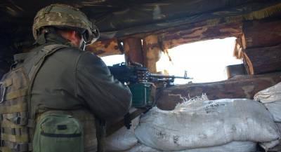 Украинские военные погибли при обстрелах в Донбассе