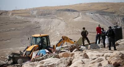 Израиль уничтожил часть палестинского кладбища
