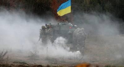 Неизвестное взрывное устройство покалечило военного на Украине