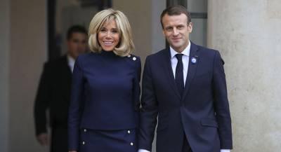 Лидеры стран и правительств в Париже собираются на ужин
