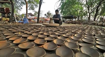 Город в Индии побил рекорд Гиннесса глиняными лампами
