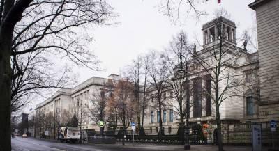 Полиция Берлина арестовала поляка у здания посольства РФ
