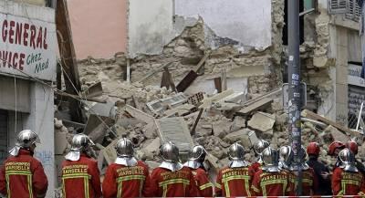 Под обломками зданий в Марселе обнаружены двое погибших