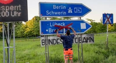 Мигранты приносят Европе деньги