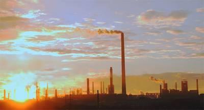 Пожар на газопроводе затронул работу завода в Казахстане