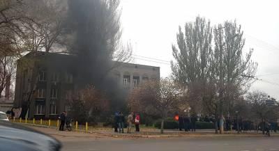 Замёрзшие жители Кривого Рога захватили здание «Криворожгаза»