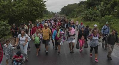 Тысячи участников «каравана мигрантов» добрались до Мехико